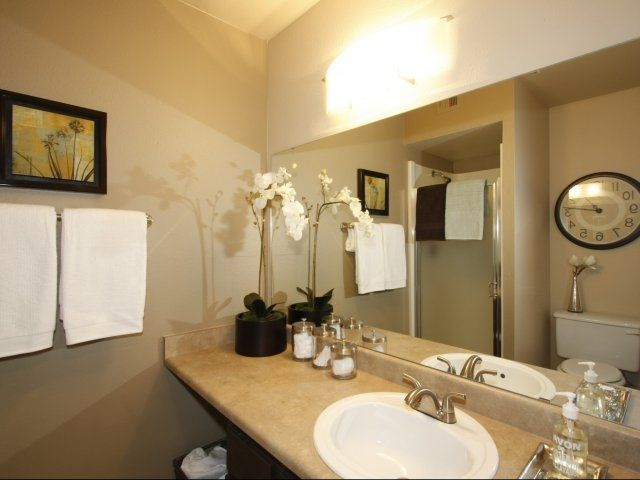Staged Apartment Bathroom Decorating Staging Inspiration Pinterest
