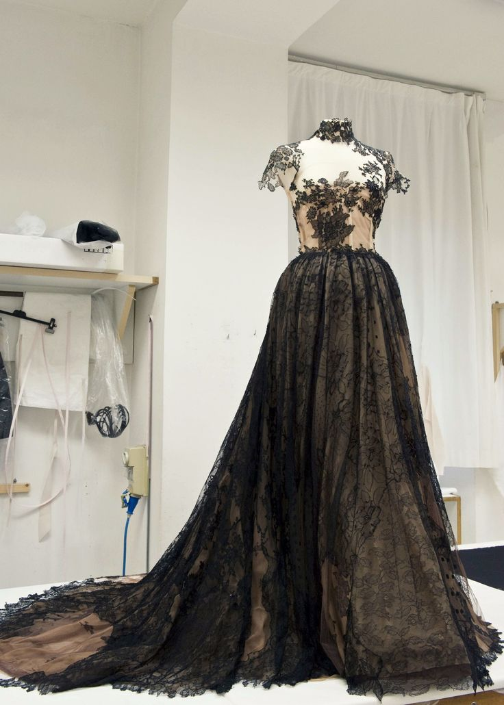 inside the atelier for valentino haute couture f/w 2009