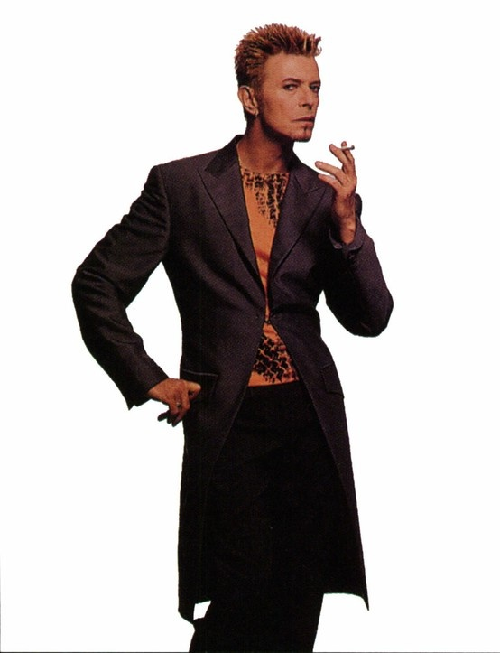 David Bowie | Costumes and tricks David Bowie | Pinterest Labyrinth 1986 Poster