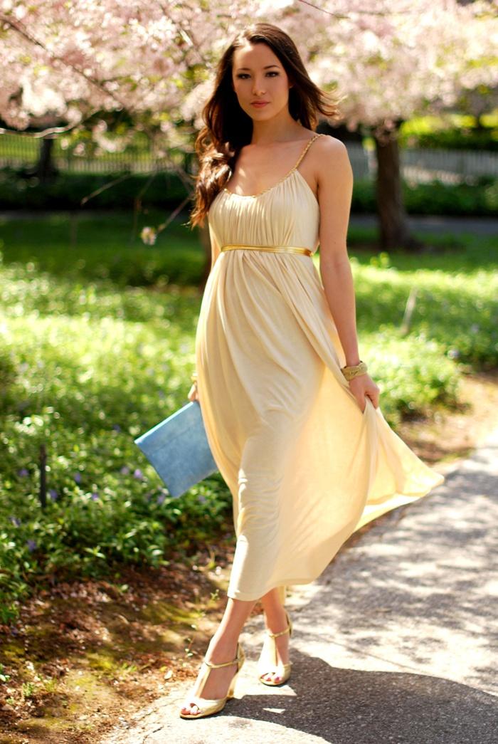 Love this maxi dress!!! :D