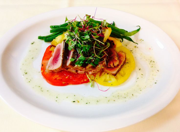 Seared Tuna with Heirloom Tomatoes, Long Beans in Lemon Thyme ...