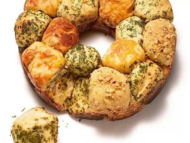 Savory pull apart monkey bread | Good Eats | Pinterest