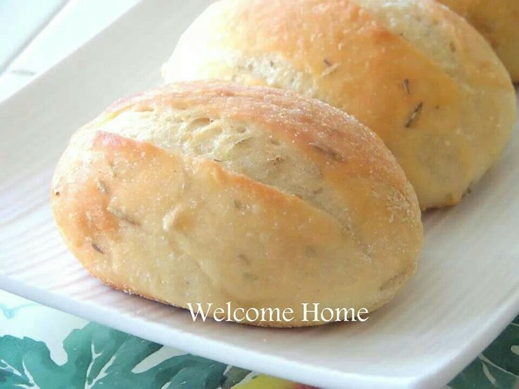 ... buttered rosemary rolls the pioneer woman buttered rosemary rolls the