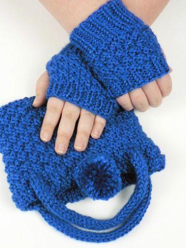 Crochet Wristlet Purse Pattern : wristlet amp purse set yarn free knitting patterns crochet patterns ...