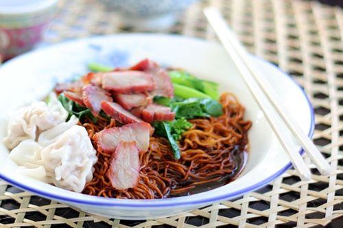 Wonton Noodles (Malaysian Wantan Mee) | Easy Asian Recipes at ...