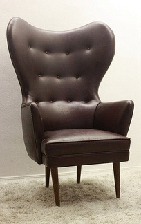 Mid Century Gorgeous Wing Back Papa Bear Style Chair Vintage -  $999