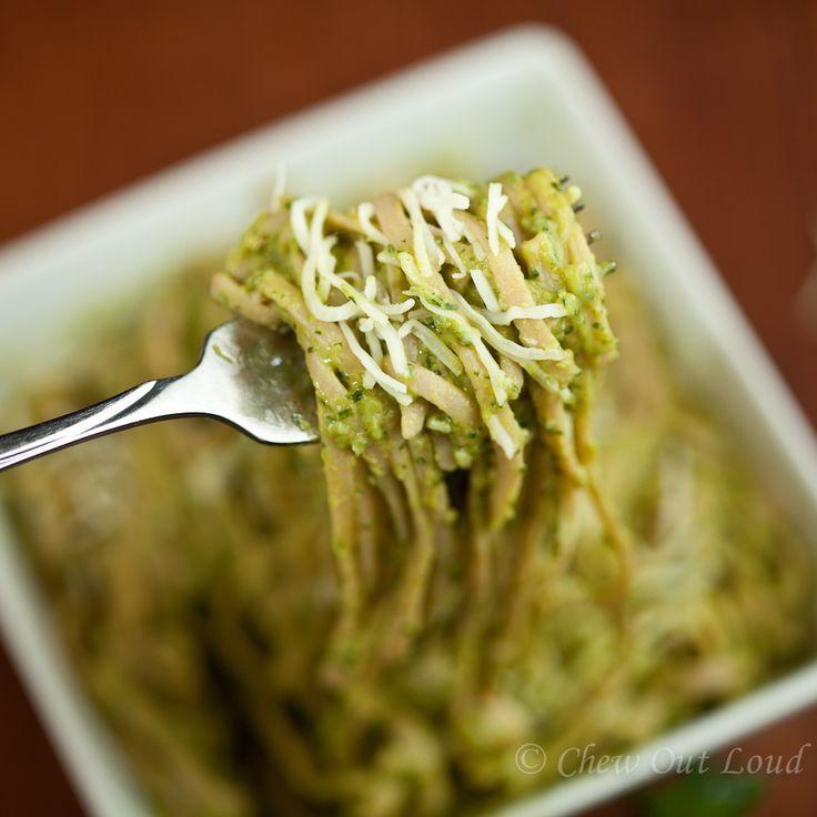 ... Avocado Pasta 3 http://chewoutloud.com/2013/04/17/creamy-avocado-pasta
