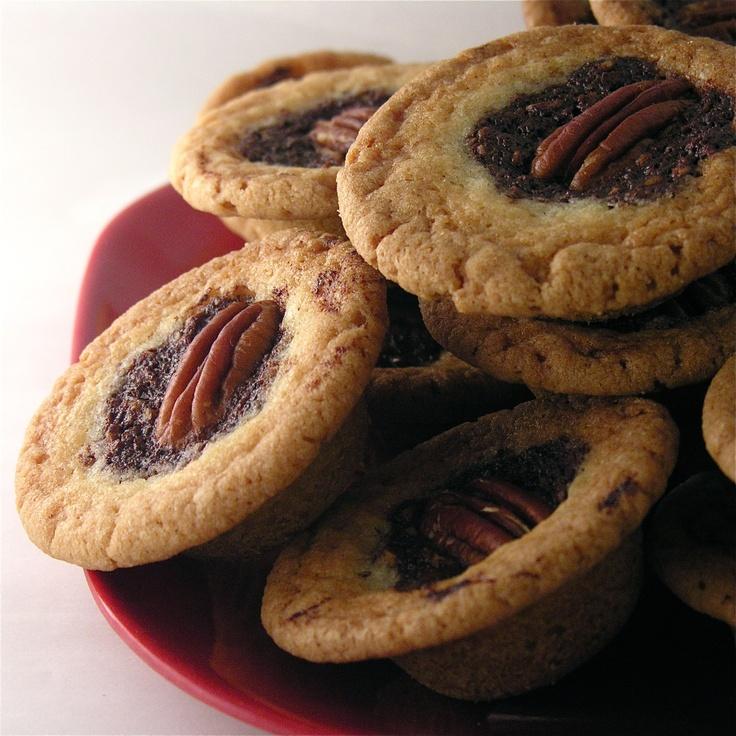 Pecan Pie Cookie Cups | Cookie cups | Pinterest