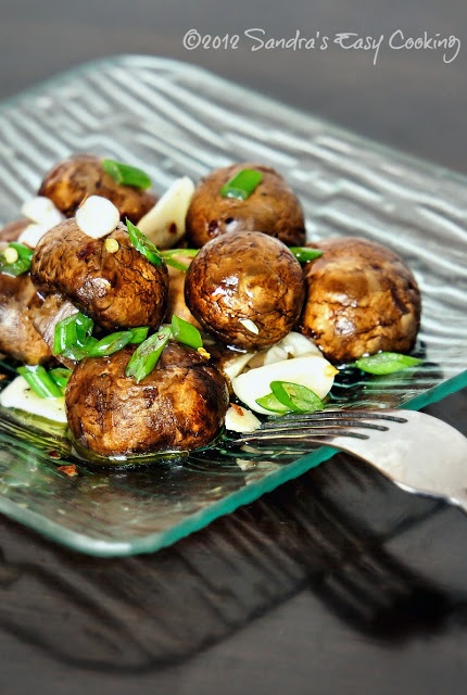Marinated Mushrooms + healthy benefits @SECooking | Sandra