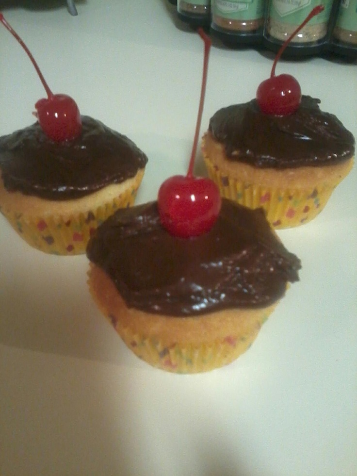 Boston Cream Cupcakes | Cupcakes | Pinterest