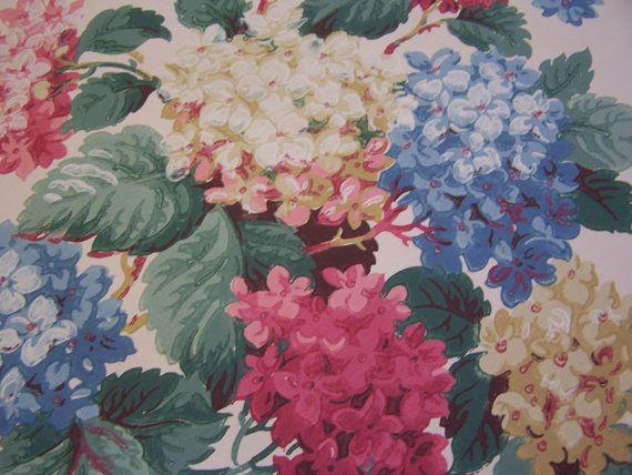 Vintage Wallpaper remnant c1940s Summertime Hydrangeas on Cream Shabby ...
