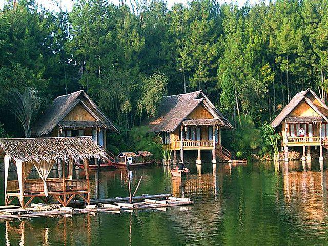 Garut Indonesia  city photos : Kampung Sampireun , Garut , West Java | Indonesia places | Pinterest