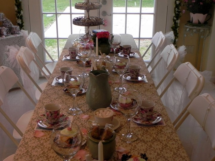Shabby chic table setting | Weddings & Events | Pinterest