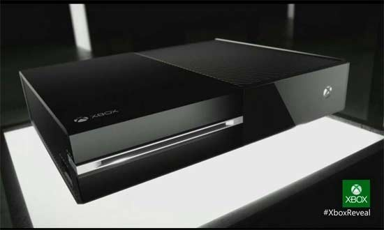 La XboxOne dal design nero e squadrato