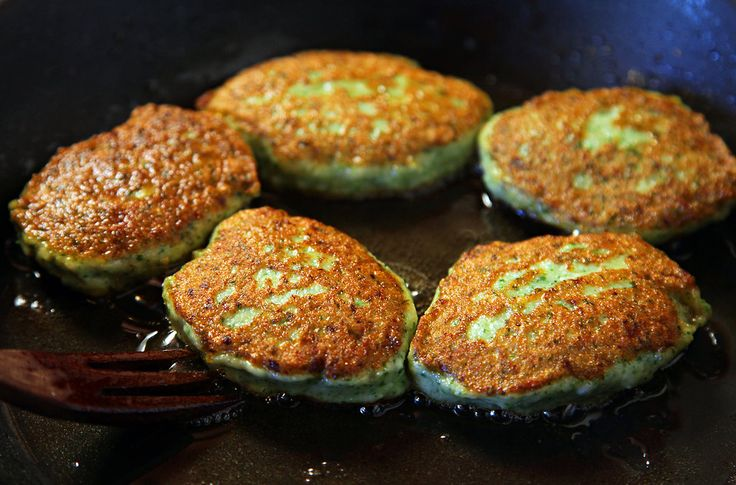 Thai-Style Sea Scallop Cakes by David Tanis