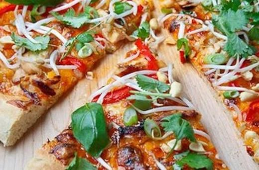 sweet chilli sauce thai chicken pizza with sweet chili sauce recipe ...