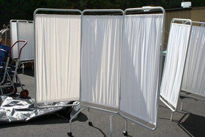4 winco hospital tri fold privacy screens white vinyl w for Tri fold privacy screen