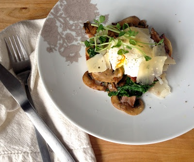 put an egg on it: spinach, bacon, mushroom toast with poached eggs