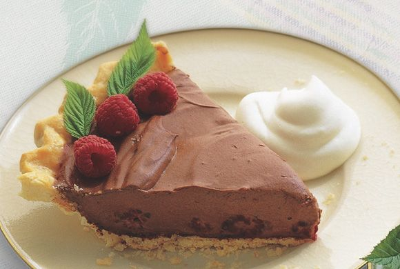 Chocolate Raspberry Cream Pie | Recipes for Yummy Things | Pinterest