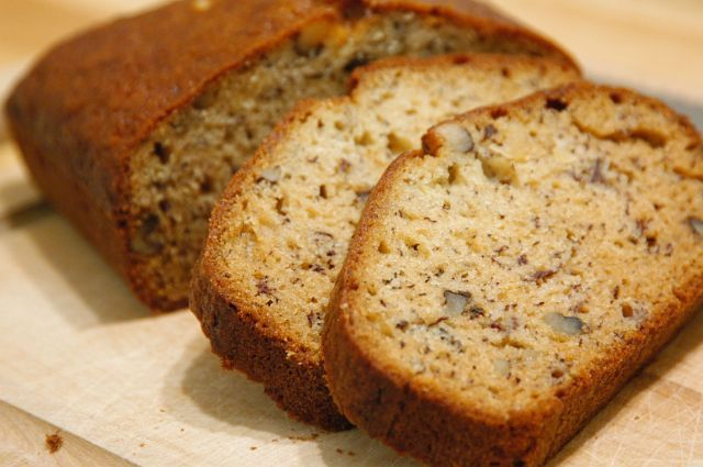 Bob Evans Copycat Recipes: Banana Nut Bread