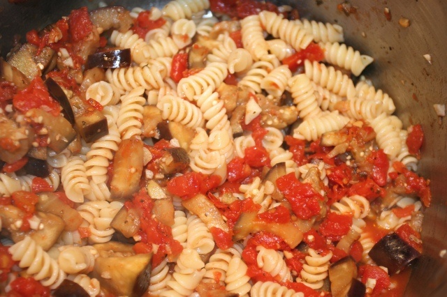 Sauteed Eggplant and Tomato Pasta | Mangia | Pinterest