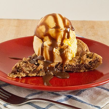 One Pan Skillet Cookie Pie with Chocolate Sauce (from @Laura Powell ...