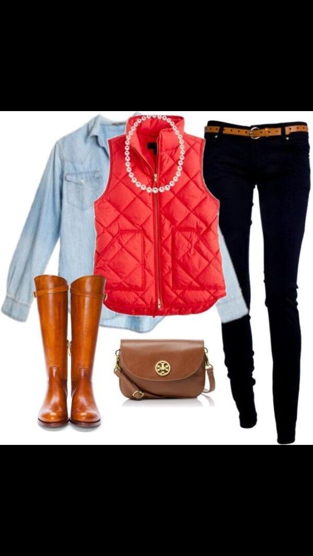 Casual preppy outfit for fall denim shirt riding boots