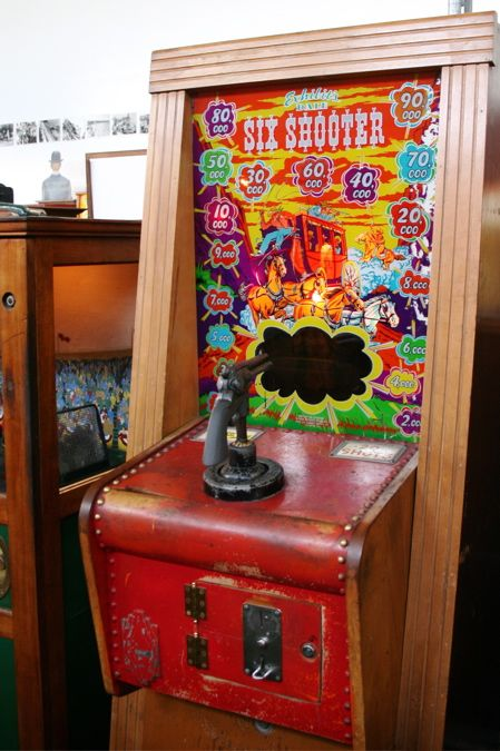 six shooter arcade game