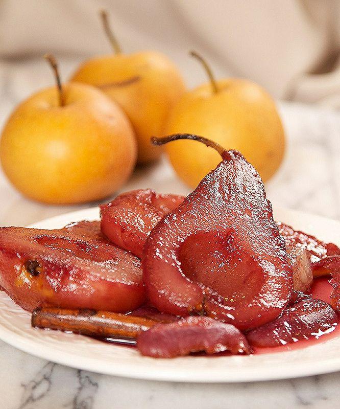Perfect Poached Pears Dessert | nom nom nom-dessert | Pinterest