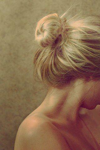 Фото женщина грустная