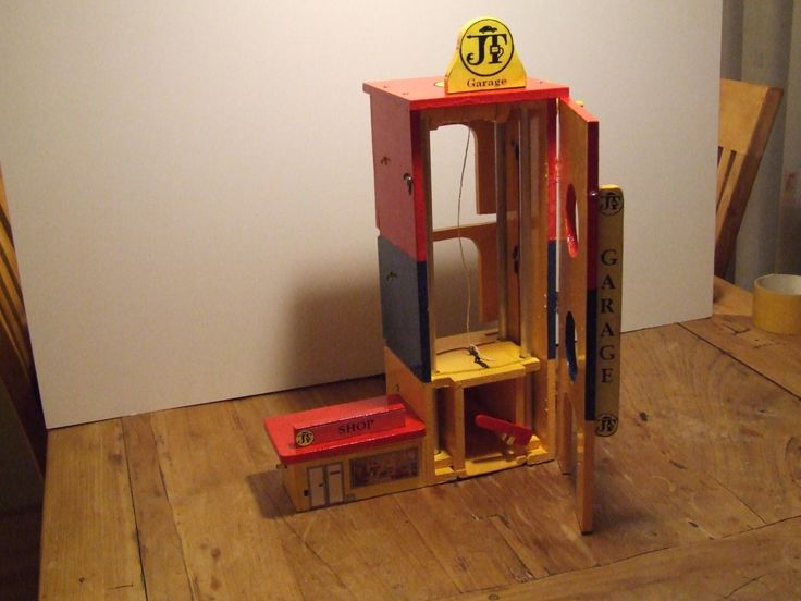 build up Elevator Tower 9th stage | Wooden Toy Garage | Pinterest