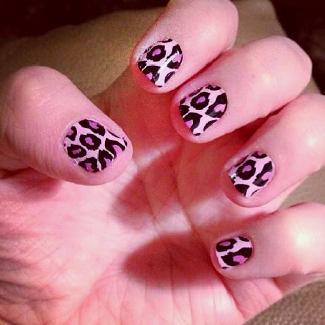 cheetah nailsss