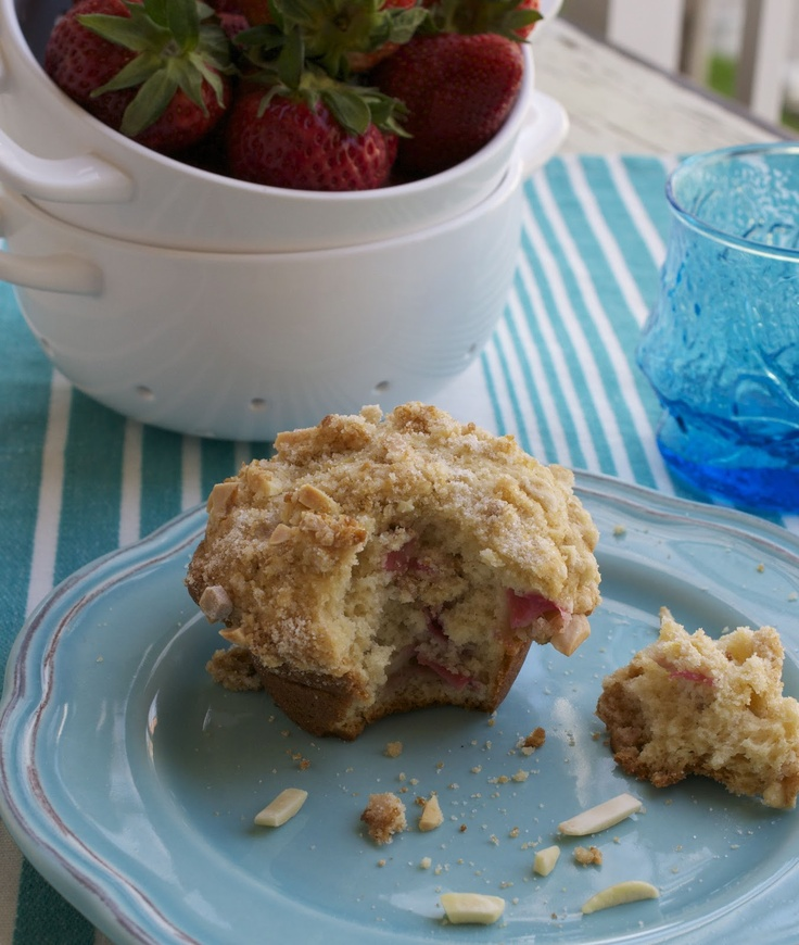 more than burnt toast: Rhubarb Muffins with Almond Streusel Topping
