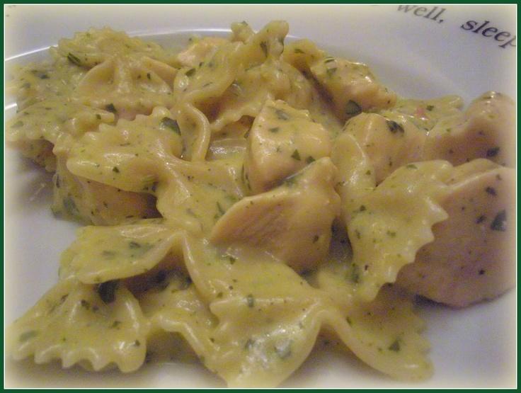 Pesto Chicken Pasta | food and drinks🍹🍕 | Pinterest
