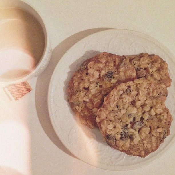 Chai Oatmeal Raisin Cookies Recipe — Dishmaps