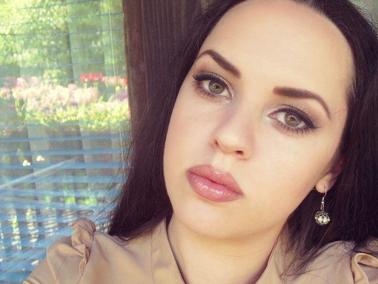 Nude Make Up Blogger Angeliquedama Pinterest