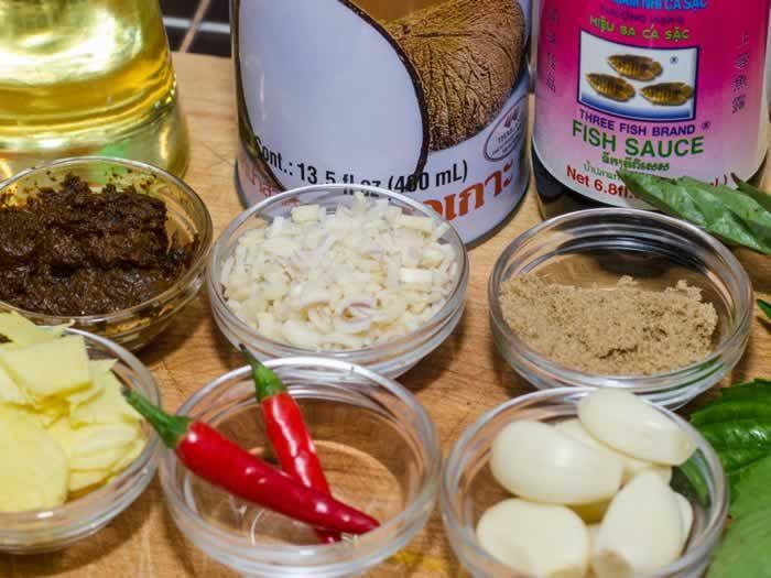 Spicy Thai Peanut Sauce Ingredients | Asian foods | Pinterest