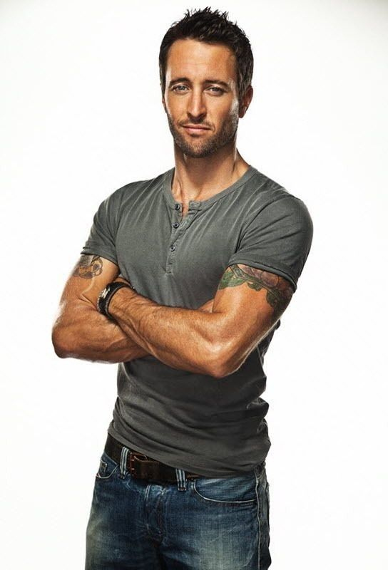 Five-0 s Alex O Loughlin - The 5 Stages of Obsession Explained in GIFsAlex Oloughlin Body 2013