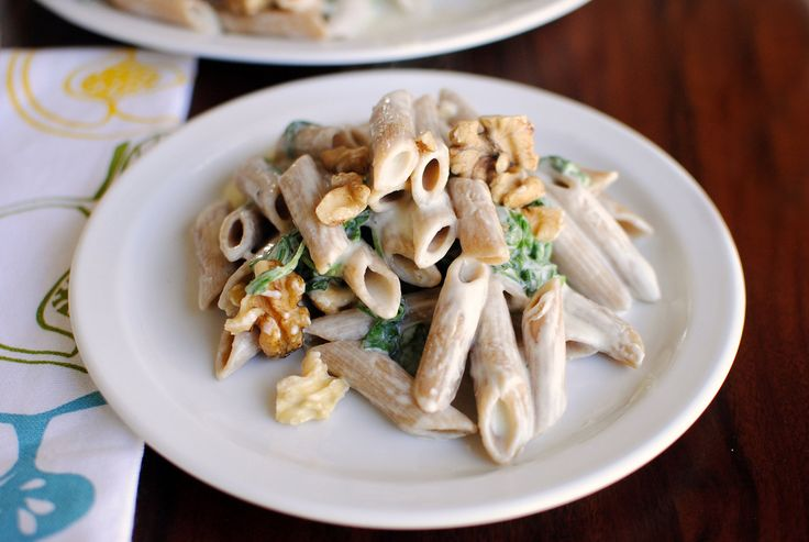 Tasty Kitchen Blog: Creamy Penne with Blue Cheese, Arugula and Toasted ...