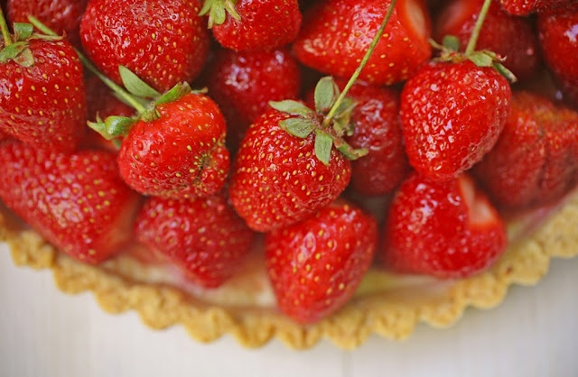 Strawberry Ricotta Tart | Desserts | Pinterest