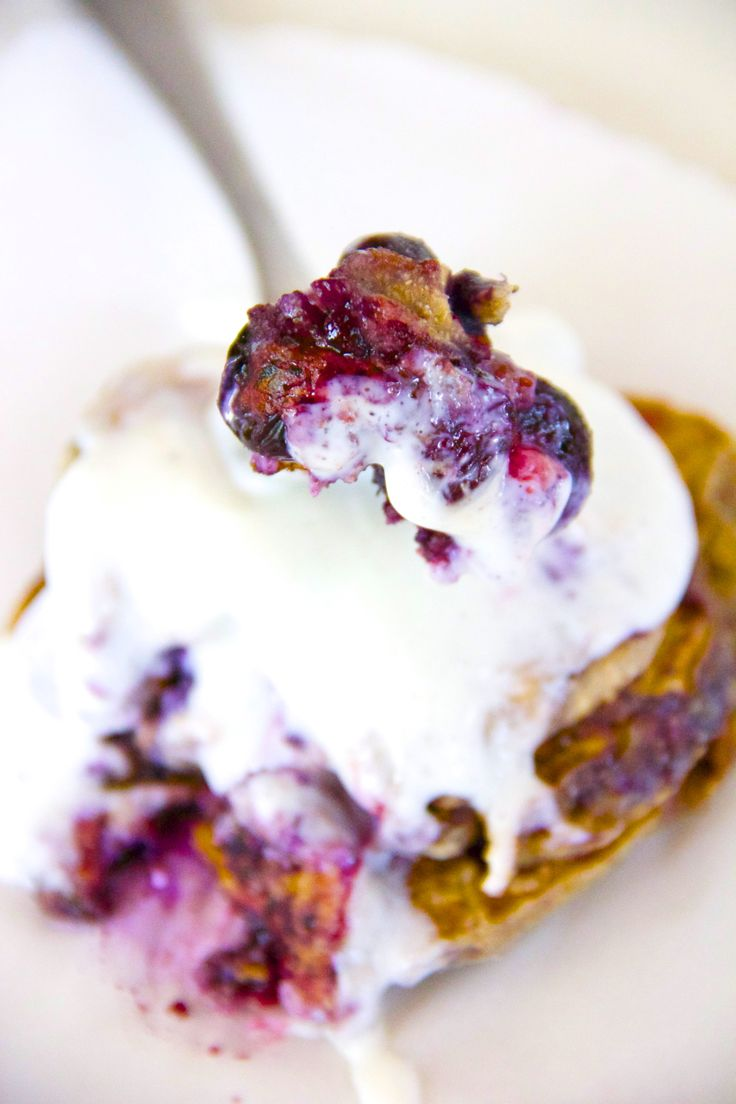 Best Blueberry Cheesecake Pancakes EVER! #blueberrypancakes # ...
