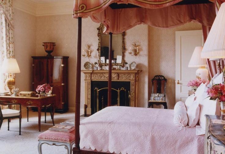 Bunny Williams Entrancing Of BUNNY WILLIAMS. Exquisite feminine bedroom Picture