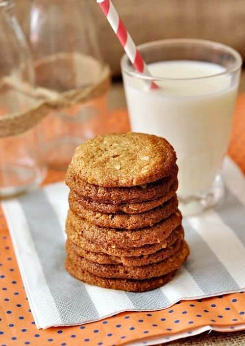 PEANUT BUTTER & OATMEAL COOKIES | Cookies | Pinterest