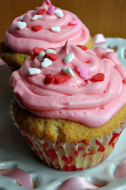 sweetHEART cupcakes | Cupid | Pinterest