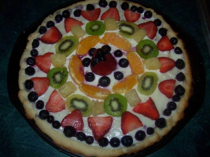 Fruit pizza pie with sugar cookie crust | Citrus Blog Hop | Pinterest