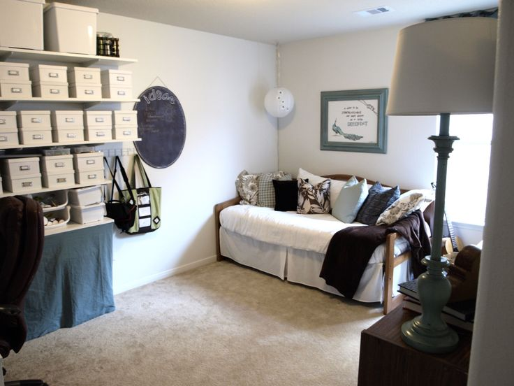 daybed in office guest room i daybeds pinterest