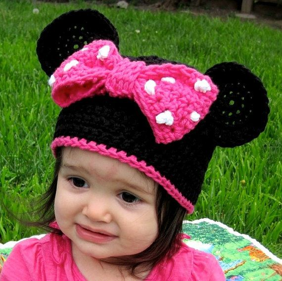 Free Minnie Mouse Crochet Hat Pattern With Ear Flaps : Pattern Minnie Mouse Ears Crochet PDF - Instructions for ...