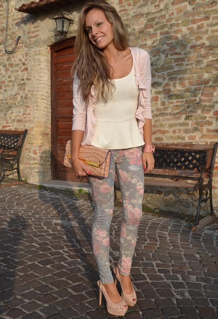 Flower print skinny jeans