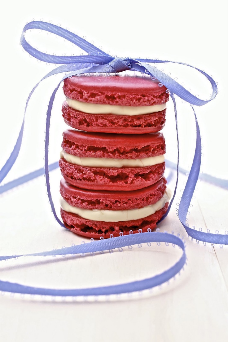 Vanilla Buttercream Macarons - made these for mothers day and they ...