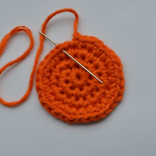 Crochet Fasten Off : Fastening off Invisibly